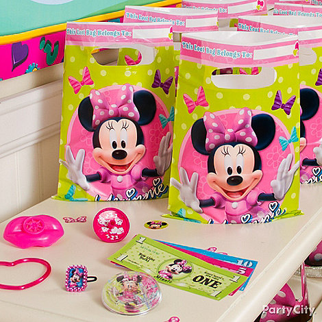 Minnie Mouse Party Ideas: Favors