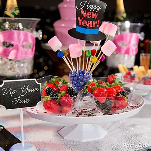 Colorful New Year's Eve Party Ideas - Party City