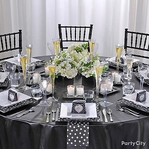 Black and white polka dot bridesmaids luncheon table for Black and white polka dot decorations