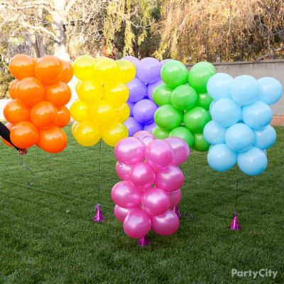 Rainbow balloon arch how to party city for How to make a rainbow arch