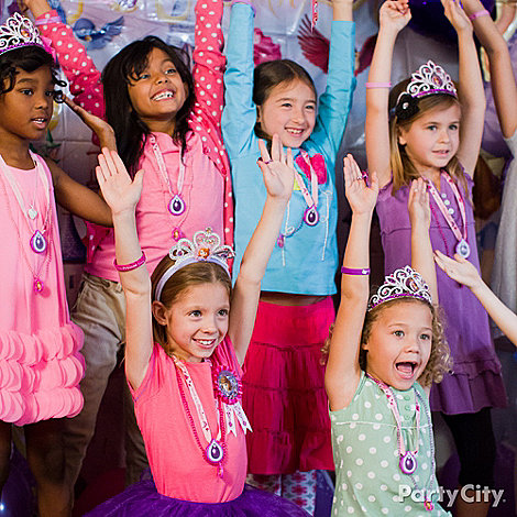 Sofia the First Party Ideas: Dress Up