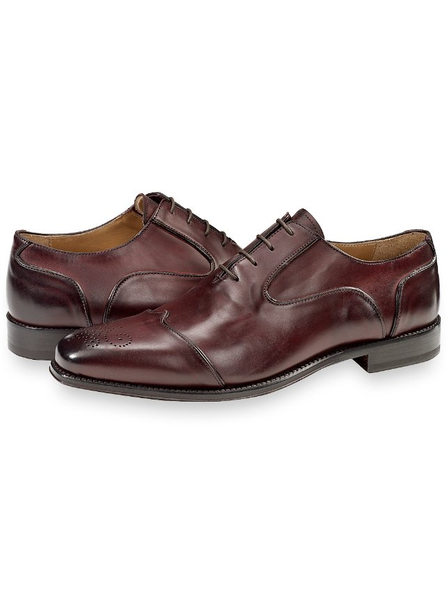 Carter Wingtip Oxford