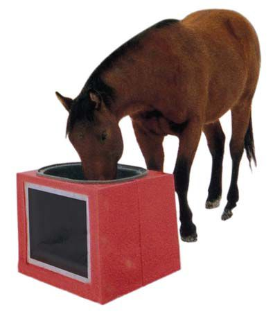 25 Gal Solar Powered Water Trough Red