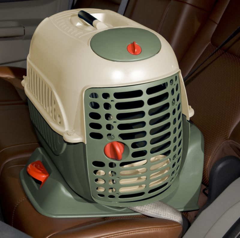 Pet Auto Carrier And Kennel
