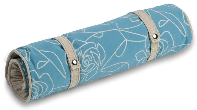 Crypton Bed of Roses Blue Dog Travel Mat Medium