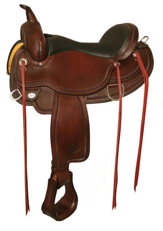 Circle Y Flex2 Omaha Trail Saddle Reg 15 Walnut