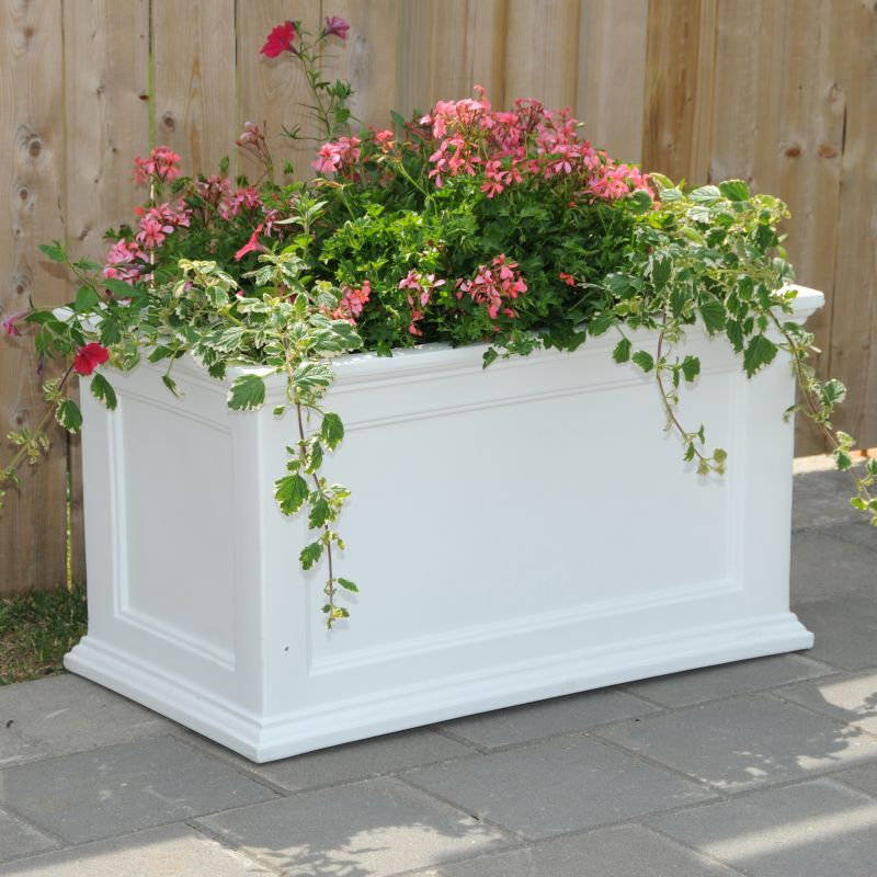 Fairfield Patio Planter 20x36 White