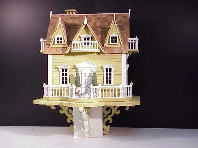Le Chateau Architectural Bird House