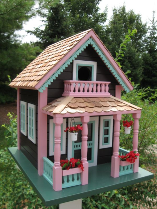 Petoskey Lake View Cottage Birdhouse (HOME BAZAAR INC HB-9031 812673010862 Wild Bird Supplies Bird Houses) photo