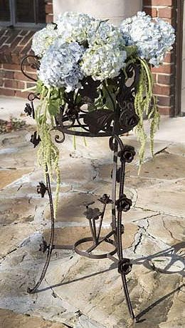 Iron Rose Bud Planter