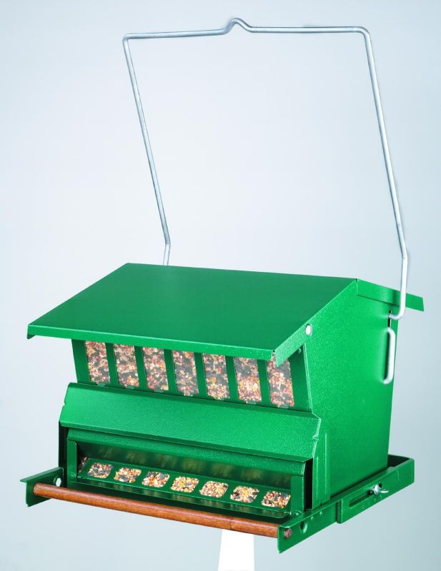 Absolute 2.5 Gallon Feeder with Pole (HF7533 047977003986 Wild Bird Supplies Bird Feeders) photo