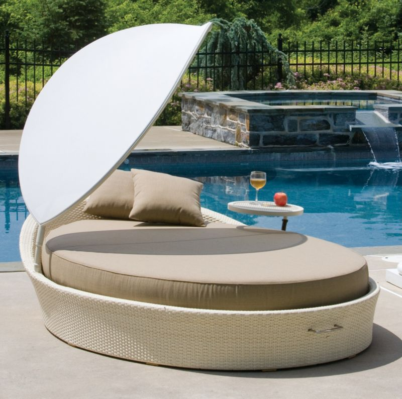 Grand Cayman Wicker Daybed