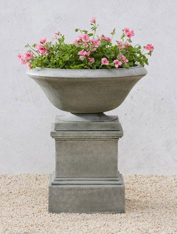 Maywood Cast Stone Urn English Moss