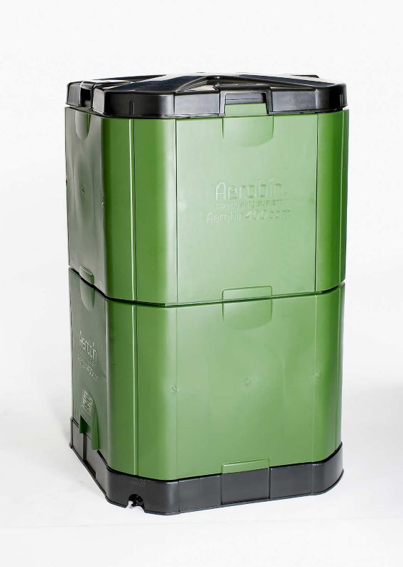 Aerobin Insulated Composter Model 400 113 Gallon