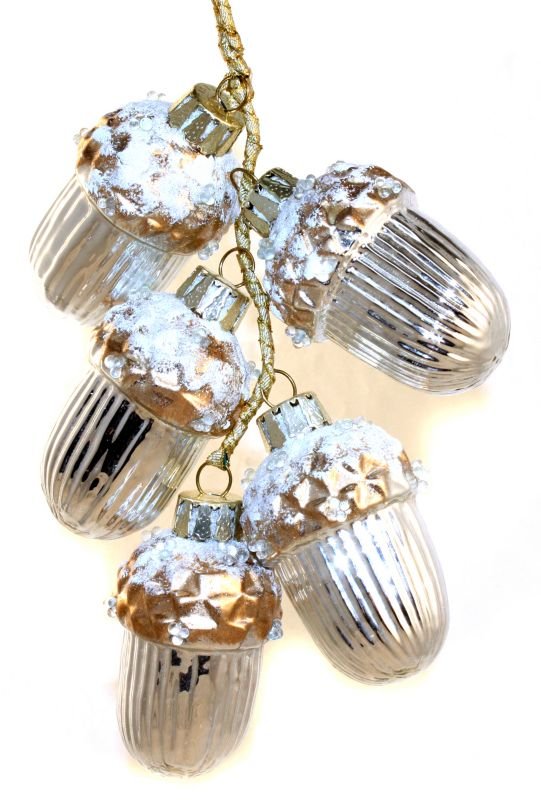 2.75in Northern Wood Acorn Ornament Bundle