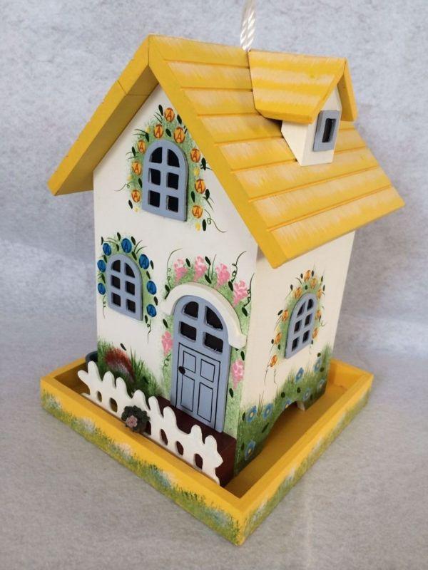Home Bazaar Flower Cottage Bird Feeder (HOME BAZAAR INC HB-6007S 812673014846 Wild Bird Supplies Bird Feeders) photo