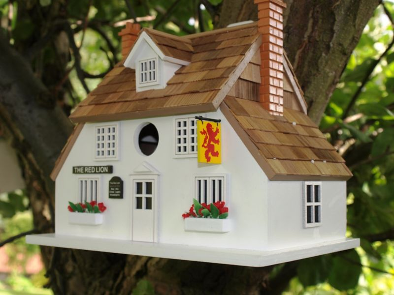 Home Bazaar The Red Lion Public House Birdhouse (HOME BAZAAR INC HBD-1002S 812673014501 Wild Bird Supplies Bird Houses) photo