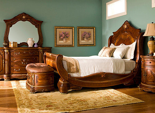 Hampton Court 4 Pc Queen Bedroom Set Bedroom Sets Raymour And