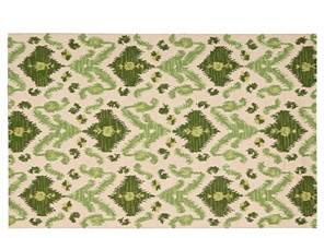 Green Rugs »