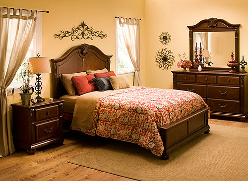 Ashbury 4 Pc Queen Bedroom Set Bedroom Sets Raymour And Flanigan Furniture