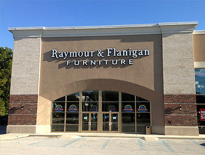 Raymour and Flanigan snapped up the former Christiana Mall-area hhgregg store as a site for an outlet store.. Hiring notices from the giant furnitureretailer indicated it is looking for staff for the store, which would be the 13th clearance-outlet for the company, which operates in an area extending from New England to Delaware.