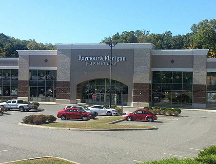 Raymour and Flanigan Brookfield Store | Connecticut Furniture