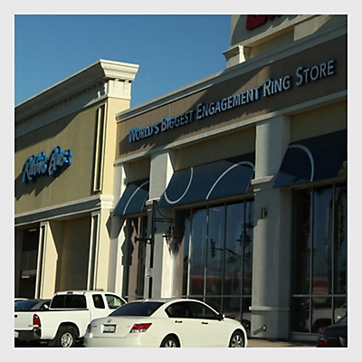Riverside Store Image