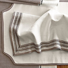 Cadiz Table Linens – Bark (Set of 4)