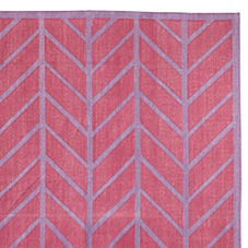 Feather Rug – Berry/Violet