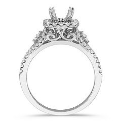 Halo Princess Cut and Round Diamond Engagement Ring with Pavé Setting