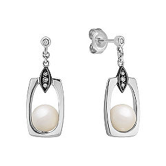 6.5mm Cultured Freshwater Pearl and Round Diamond Earrings