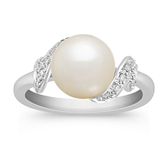 8.5mm Cultured Freshwater Pearl and Round Diamond Ring