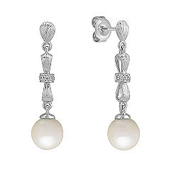 7.5mm Cultured Freshwater Pearl and Round Diamond Earrings