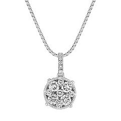 Cluster Diamond Circle Pendant (18 in.)