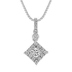 Square Diamond Cluster Pendant (18 in.)