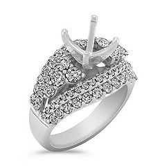 Diamond Engagment Ring with Pavé Setting