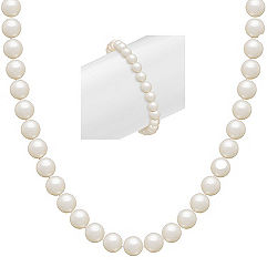 6.5mm Cultured Freshwater Pearl Necklace and Bracelet Set in Sterling Silver (18 in.)