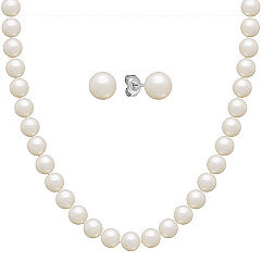 6.5mm Cultured Freshwater Pearl Necklace and Earrings Set in Sterling Silver (24)