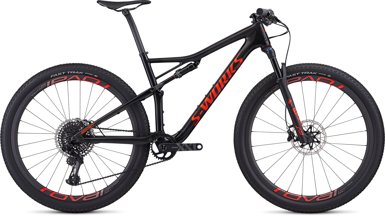 Specialized Men´s S-Works Epic Gloss Carbon/Rocket Red L - Pulsschlag Bike+Sport