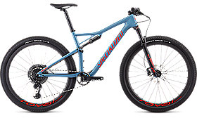 EPIC MEN EXPERT CARBON 29 STRMGRY/RKTRED L