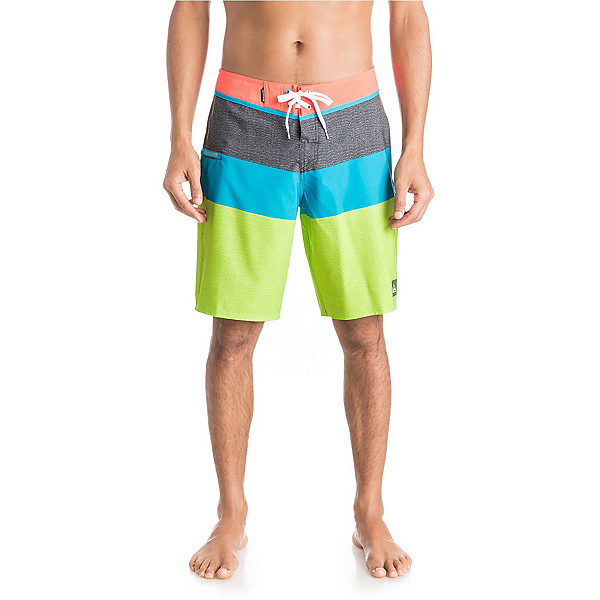 Quiksilver Everyday Blocked 20 Mens Board Shorts, Green Gecko, 600