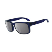 Oakley Holbrook Sunglasses, Crystal Blue, medium