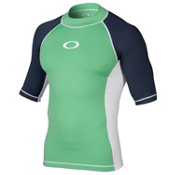 Oakley Pressure Short Sleeve Mens Rash Guard, Island Green, medium