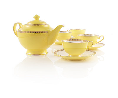 Noble Poppy Bone China Tea Set