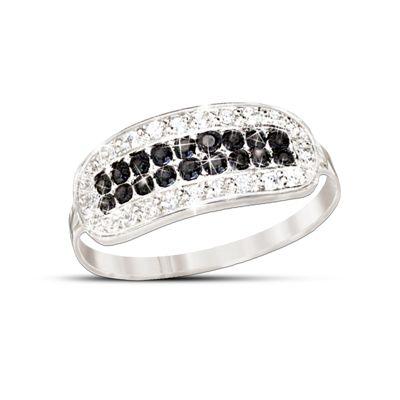 5th Avenue Black & White Diamond Ring