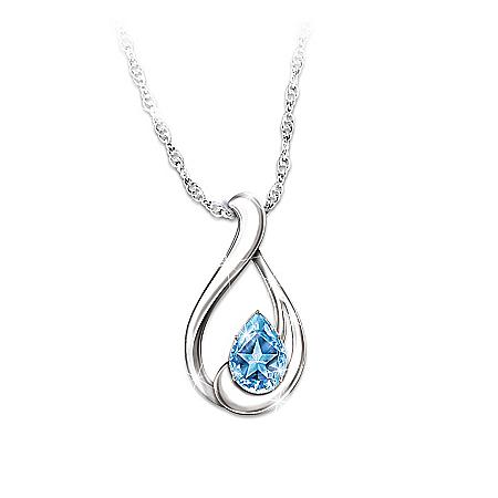 Women's Necklace: Heavenly Star Pendant Necklace