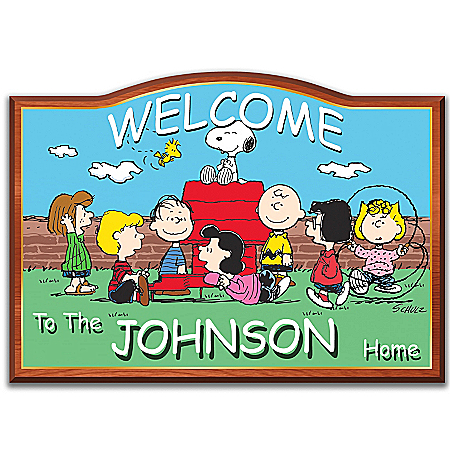 PEANUTS Personalized Welcome Sign