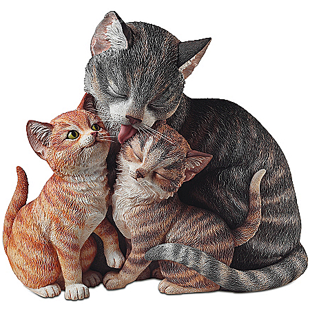 Fur-Ever Family Lifelike Mother Cat And Kittens Sculpture