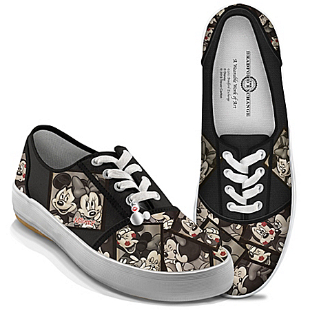 Disney Mickey Mouse And Minnie Mouse Canvas Women's Shoes: Caught In The Moment