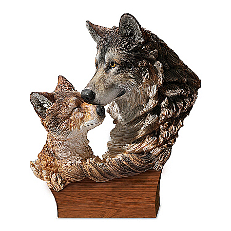 Heart Of The Wolf Pack Masterpiece Sculpture Features Mother And Pup